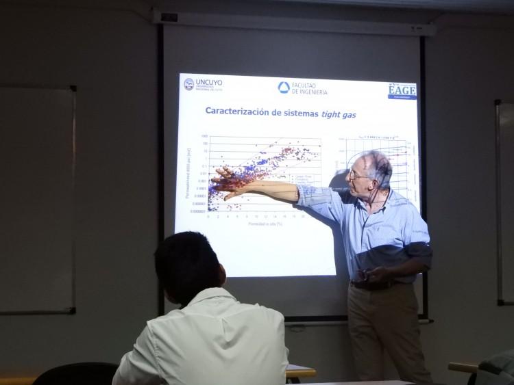 Se llevó a cabo una presentación sobre desarrollos no convencionales en Vaca Muerta