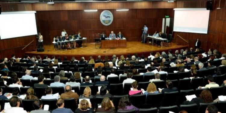 Asamblea Universitaria: Encuesta a los claustros sobre Paridad de Género