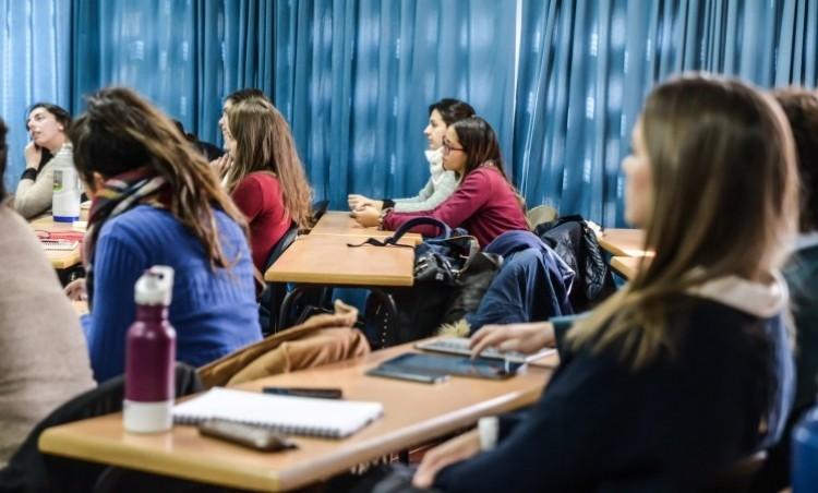 Convocatoria de becas para que estudiantes colaboren con el Ingreso 2021