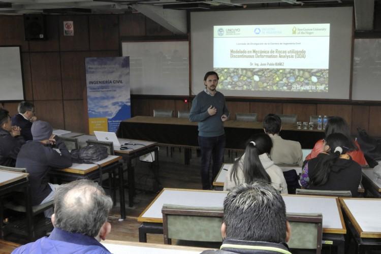 Publicaron trabajos de enseñanza, investigación y desarrollo asociados a Ingeniería Civil