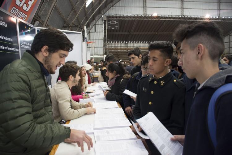 Convocatoria a estudiantes para ser informadores en la Expo Educativa