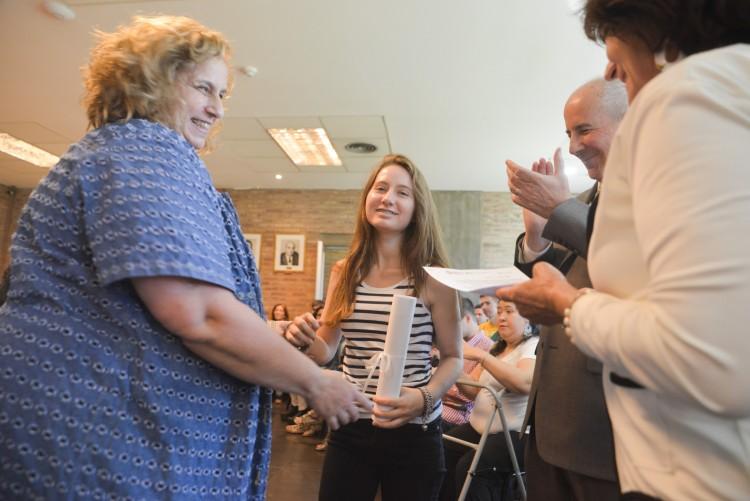 Estudiantes recibieron la distinción María Elisa Norton