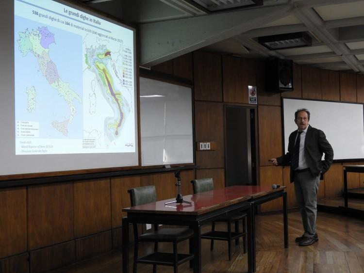 Expertos italianos y argentinos compararon experiencias en seguridad sísmica de presas