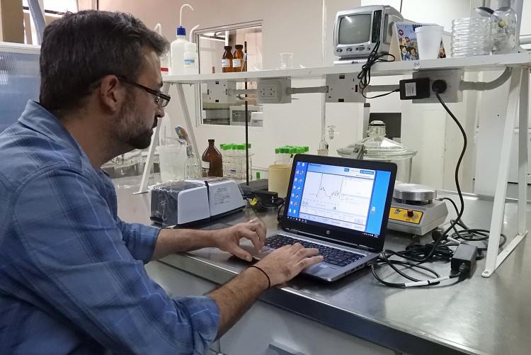 Investigadores de la Facultad diseñan protocolos de tratabilidad de suelos contaminados