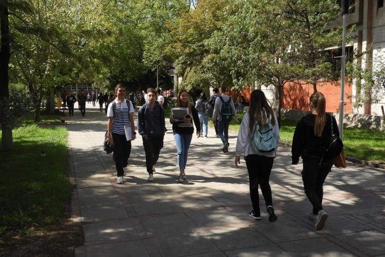 Abre la inscripción anual de becas para estudiantes de la UNCuyo