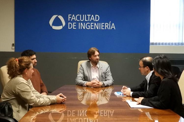 El Director de Ingeniería Industrial se reunió con representantes de la Agencia de Cooperación de Japón