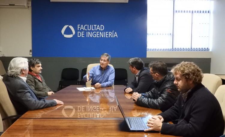 Se reunieron Mariano Cantero, Vicederector del Instituto Balseiro; Aníbal Mirasso, Secretario Académico de la Facultad de Ingeniería; y otros representantes del Instituto y de la UNCuyo.