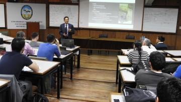 Se realizó conferencia y taller sobre Petrofísica y su aplicación en la industria