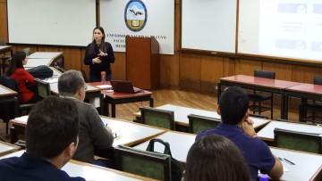 Se dictan cursos extracurriculares sobre Ingeniería de Petróleos
