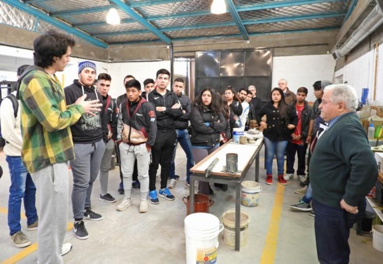 Los estudiantes recibieron una charla sobre Geotecnia