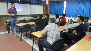 Egresado de nuestra Facultad brindó charla sobre perforación bajo balance
