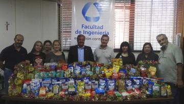 La Facultad donó alimentos para la comunidad del Barrio Flores