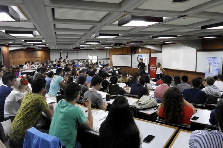 Estudiantes de Ingeniería Civil de todo el país se reunieron en la Facultad