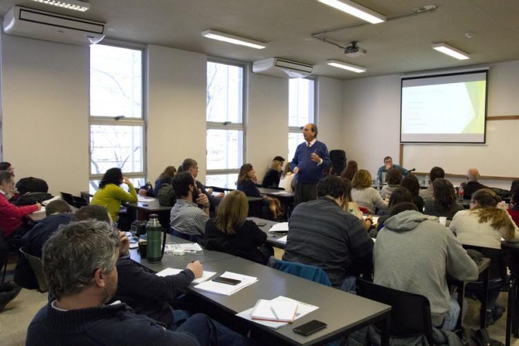 Capacitarán a docentes y estudiantes sobre prácticas socioeducativas