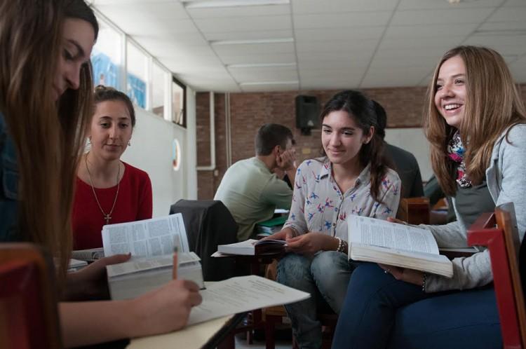 Convocatoria de becas para estudiantes de Ingeniería Civil