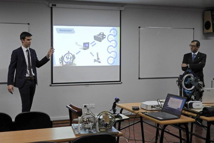 Estudiantes desarrollaron Simulador de Vuelo como proyecto final de Mecatrónica