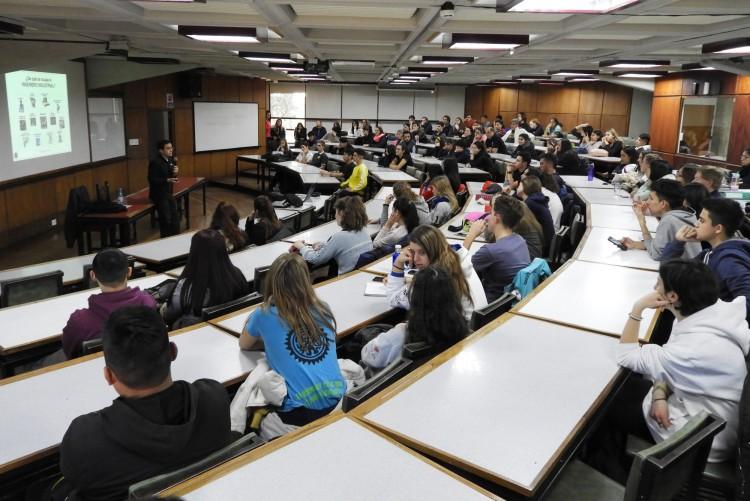 La Facultad abrió sus puertas a los aspirantes a sus carreras de grado