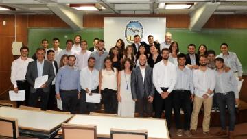 44 profesionales recibieron sus certificados en Administración y Dirección de Proyectos