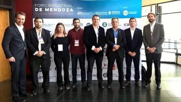 La Facultad de Ingeniería participó del Foro Industrial de Mendoza