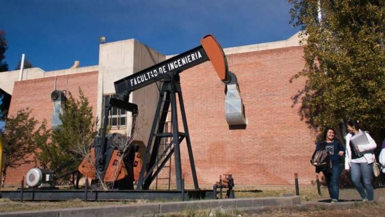 La Facultad de Ingeniería de la UNCuyo celebra otro año junto al Petróleo y el Gas