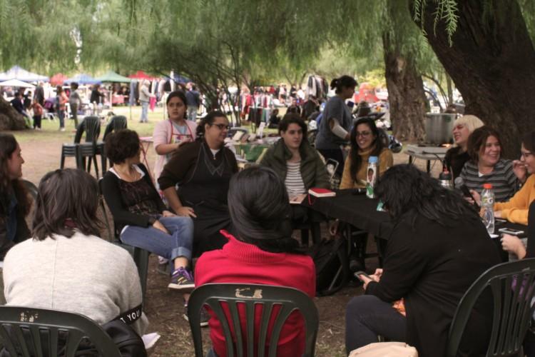 Estudiantes de la Facultad participan en proyecto de Extensión en el barrio Cano