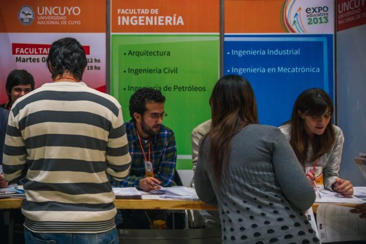 Comienza la Expo Educativa de carreras de la UNCUYO