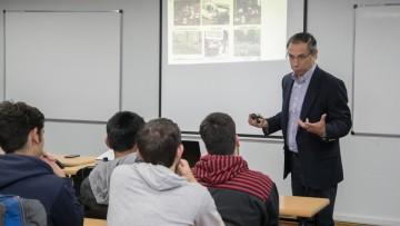 Profesional de Chile disertó sobre movilidad sustentable en las ciudades