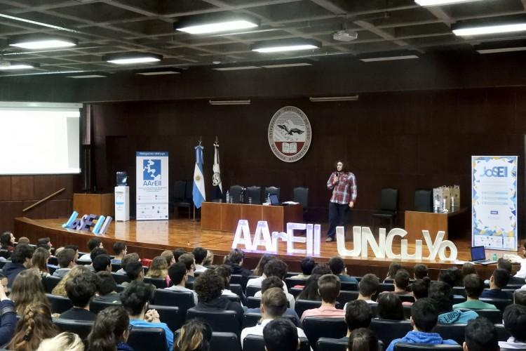 Se invitó a estudiantes de Industrial a participar de actividades extracurriculares