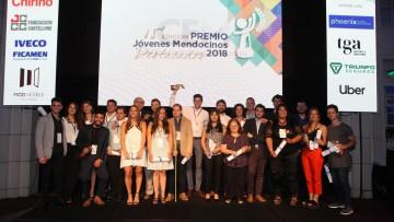 Egresado y estudiante de la Facultad fueron reconocidos como Jóvenes Mendocinos Destacados