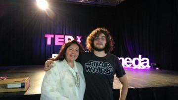Compartimos las charlas TEDX de docente y estudiante de nuestra Facultad