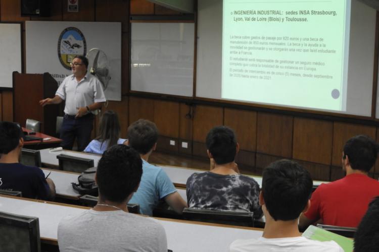 Convocatoria abierta para Programas de Movilidad Estudiantil de la Facultad