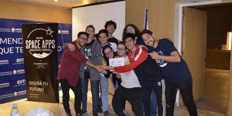 Estudiantes de la Facultad fueron premiados por la NASA