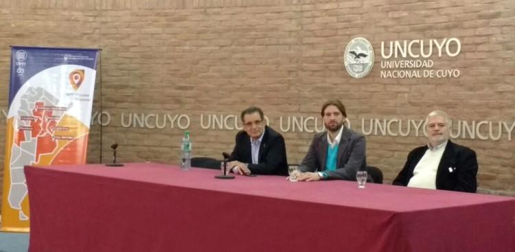 La Facultad de Ingeniería participó de la Jornada sobre Energía y Ambiente organizada por INTI