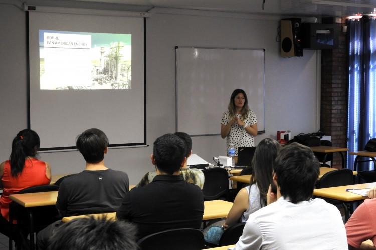 Se presentó el programa Jóvenes Profesionales de Pan American Energy