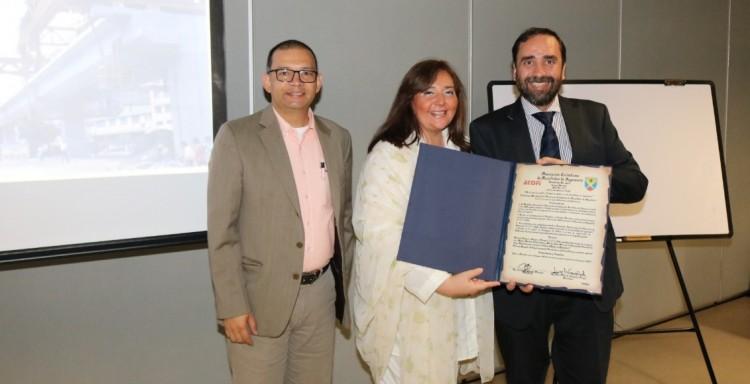 Docentes de la Facultad fueron premiados en Colombia
