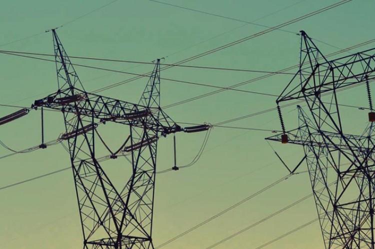 Investigan medidas para evitar fallas en la red eléctrica