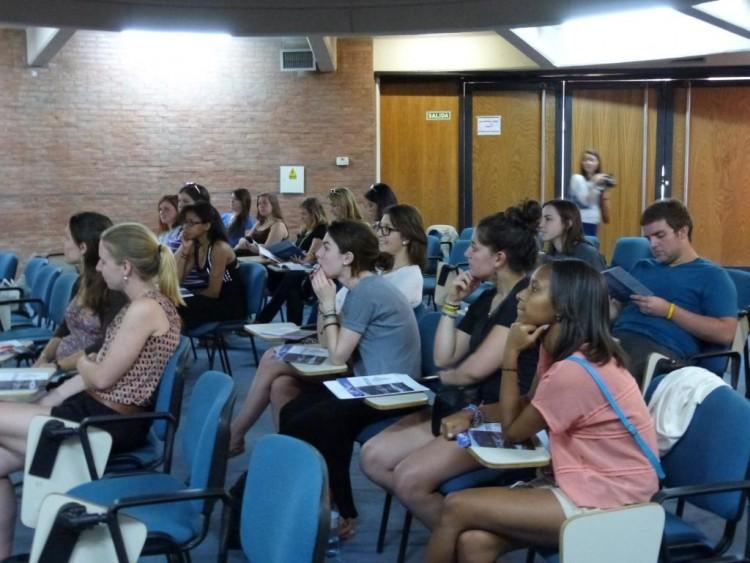 Programas de intercambio de la UNCUYO: Reunión informativa y Taller para postulantes
