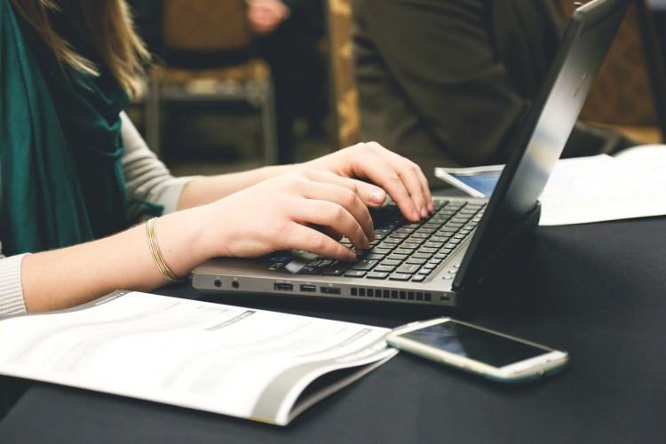 Taller sobre generación de documentos con LaTeX