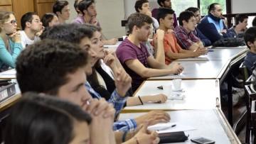 Convocatoria de estudiantes de Industrial para desempeñarse como Tutores Pares