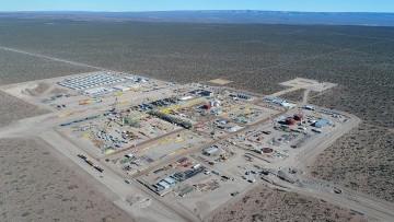 Charla sobre gestión de yacimientos no convencionales a cargo de Tecpetrol