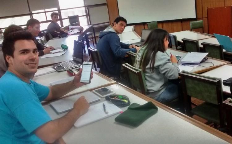 Se solicita a los estudiantes preinscribirse para acceder a espacios virtuales