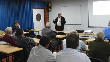 Egresado de San Juan brindó charla sobre mercado eléctrico en la Argentina