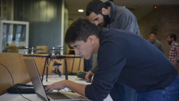 Egresados emprendedores podrán capacitarse en un Programa Ejecutivo Online