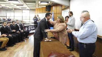 La Vicedecana tomó juramento a 13 nuevos egresados