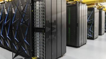 Videoconferencia sobre Mecánica Computacional Supercomputadoras